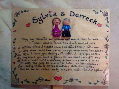 2 character 3d Angel  Memorial Wooden Sign Handmade Unique Item Personalised Plaque Memories Are Golden Crematorium Garden Grave